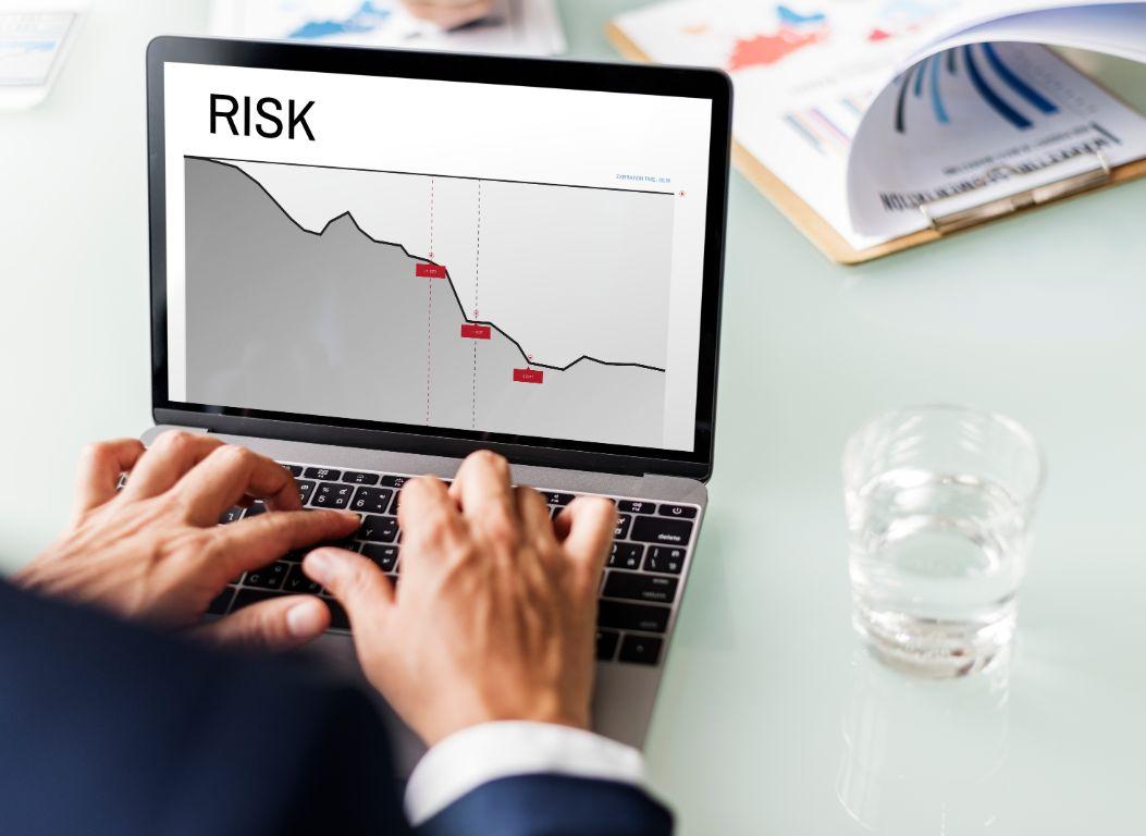 Nên mở tài khoản ở đâu để hạn chế rủi ro?