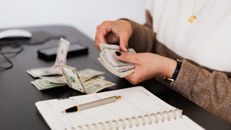 Quản lý tài chính cá nhân bằng cách quản lý tốt chi tiêu